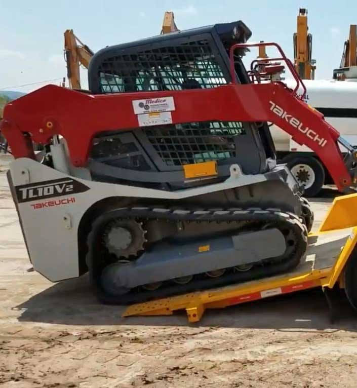 Your-First-Choice-In-Heavy-Equipment-Hauling